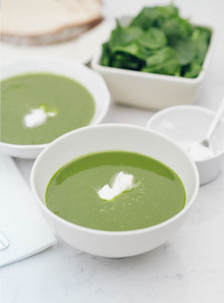 Creamy Spinach Soup with Coconut
